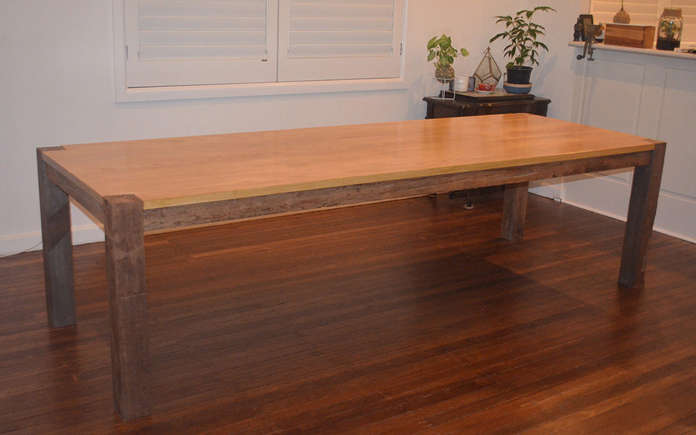 Kalina-Dining-Table-Feature-4