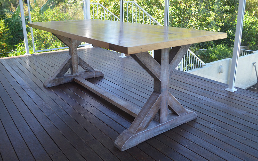 Cleaver Outdoor Table Feature